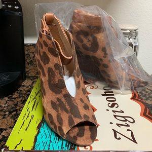 Woman's Zigi shoes